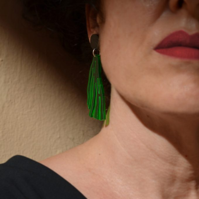 Pendiente Alga Verde Negro